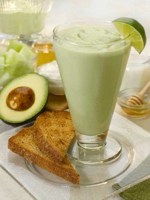 8. Matcha Mania Fountain of Youth Smoothie